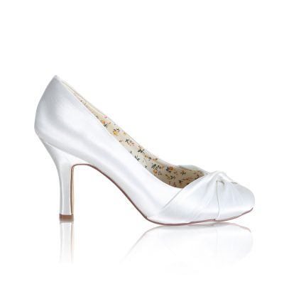 lily dyeable ivory satin bridal court shoe with satin twist detail