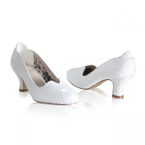 vivian ivory brocade lace vintage bridal court shoe