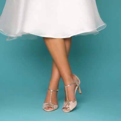 esmse blush microsuede sandal