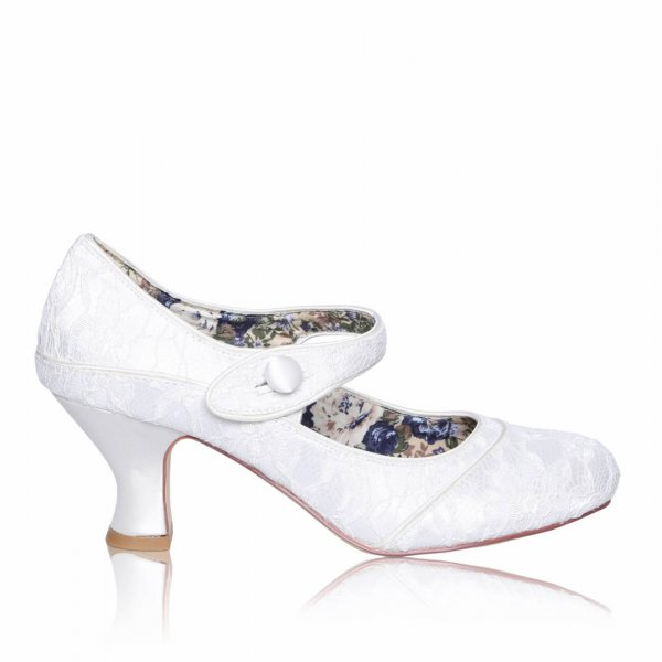 esta lace retro vintage bridal shoes