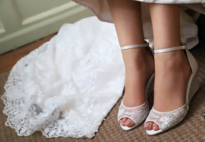 naomi wedding wedges