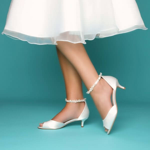 amber keshi pearl strap bridal shoes